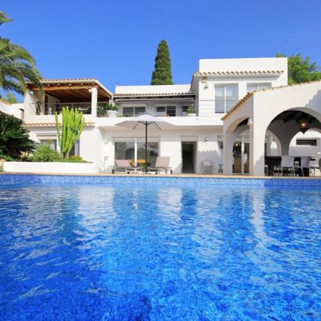 4 bedroom villa for sale close to Ibiza town, Ibiza.