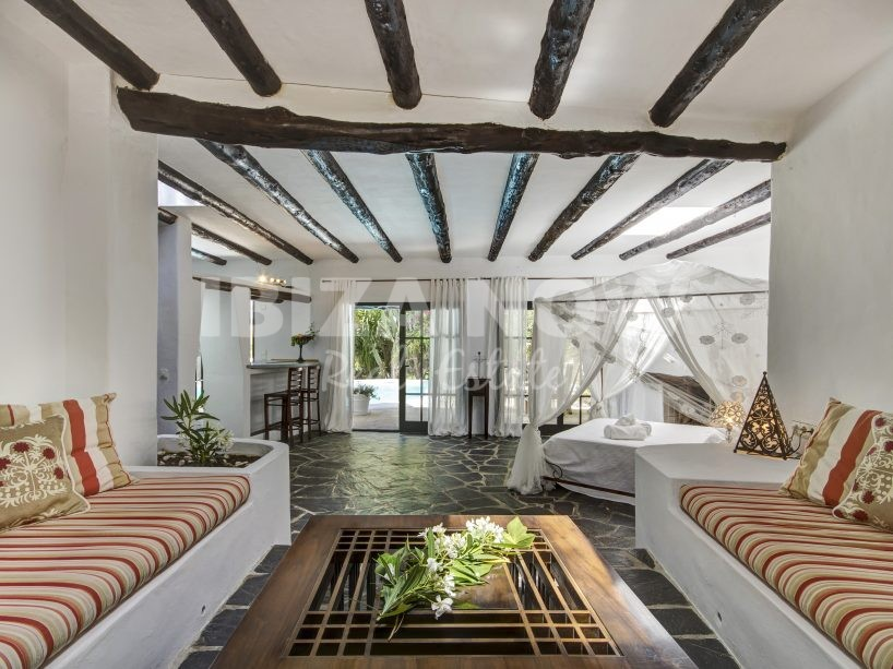 Beautiful 8 bedroom Finca for sale in the hills of Santa Eularia, Ibiza