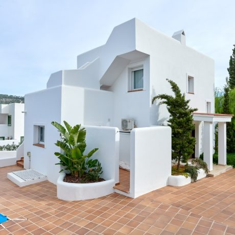 Nice 4 bedroom house for sale in Cala Vadella, Ibiza.