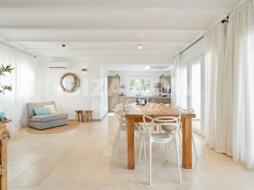 Nice 4 bedroom house for sale in Cala Vadella, Ibiza