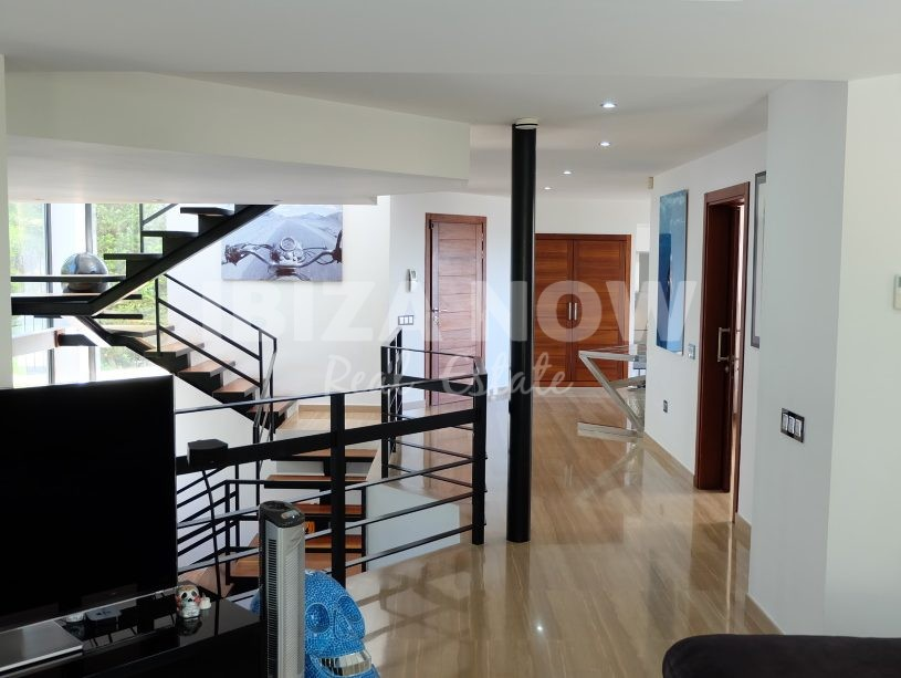 Large 6 bedroom villa for sale in Can Furnet, Ibiza