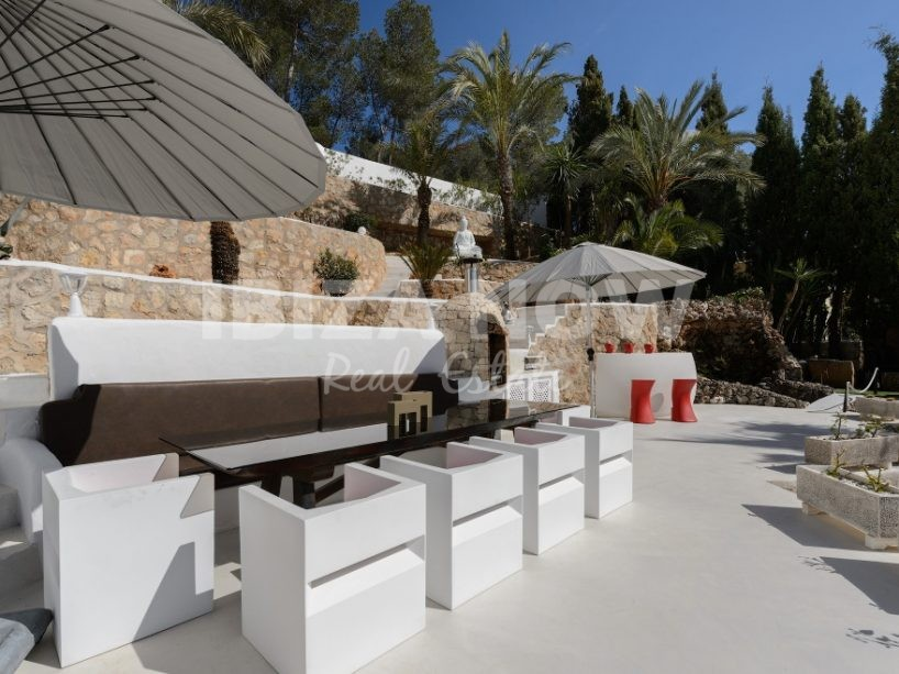 Large 6 bedroom villa for sale close to Ibiza town, Ibiza