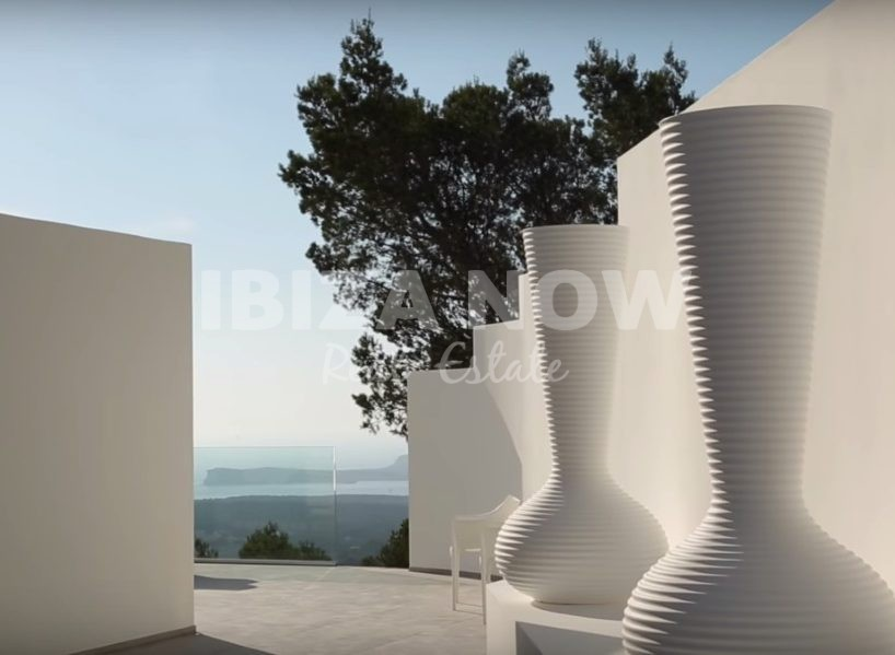 Modern 5 bedroom villa for sale in San Agustin, Ibiza