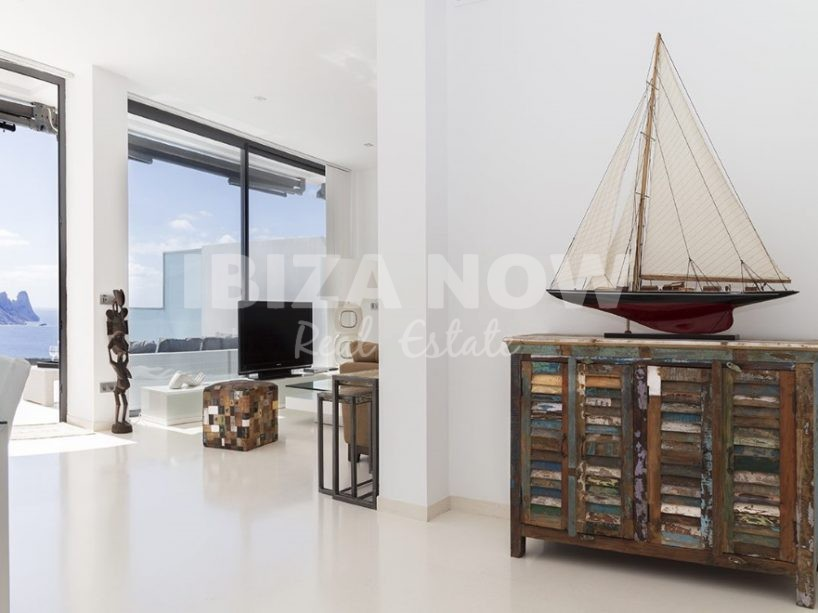Beautiful 3 bedroom townhouse for sale in Cala Carbo, Ibiza