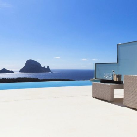 Beautiful 3 bedroom townhouse for sale in Cala Carbo, Ibiza.