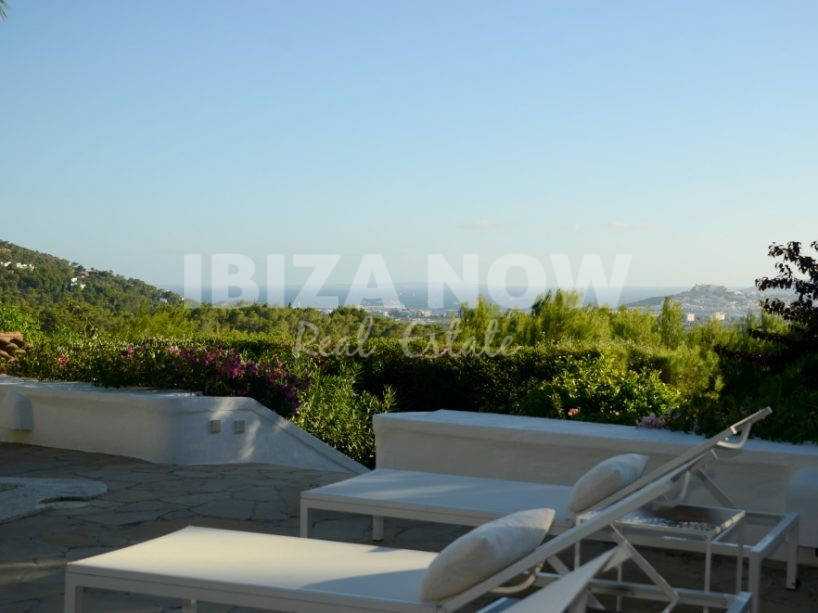 Authentic 5 bedroom house for sale close to Ibiza town, Ibiza