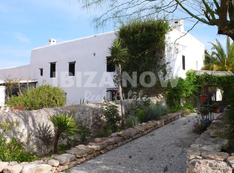 Large authentic Finca for sale close to Santa Gertrudis, Ibiza, Spain