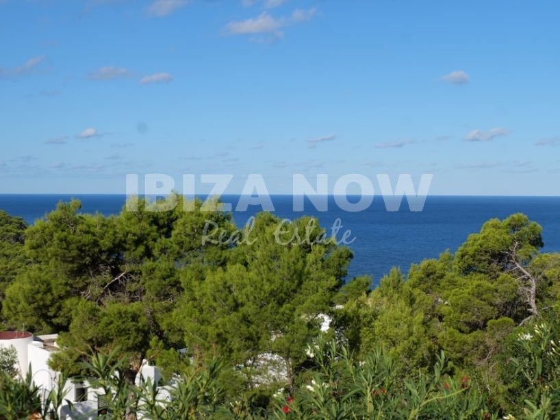Beautiful 1 bedroom apartment for sale in Cala Vadella, Ibiza, Spain.