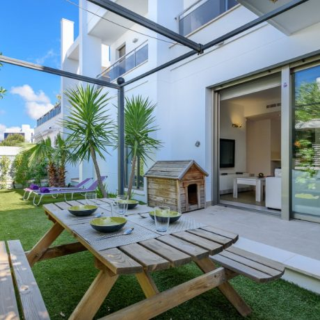 Nice 3 bedroom ground floor apartment for sale in Illa Plana, Ibiza, Spain.