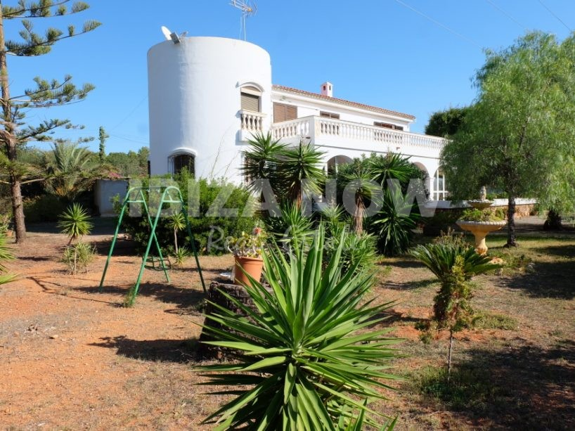 Large 5 bedroom house for sale in Es Canar, Ibiza, Spain.