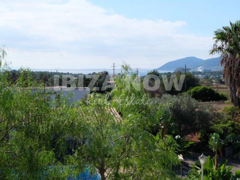 Large 5 bedroom house for sale in Es Canar, Ibiza, Spain