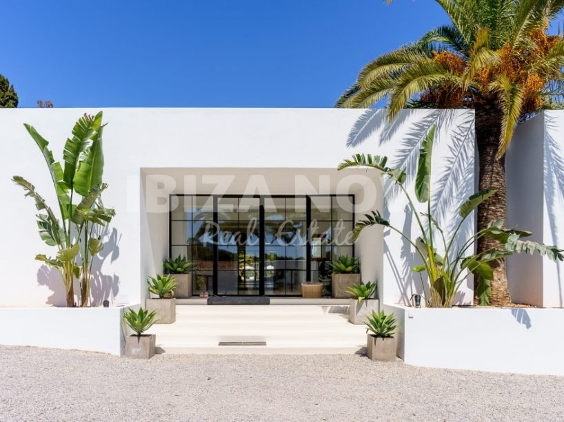 Modern large 6 bedroom villa for sale close to the beach, Ibiza, Spain