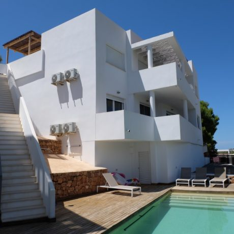 Large 3 bedroom apartment for sale in Cala Vadella, Ibiza.